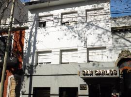 Hotel San Carlos, hotel en Buenos Aires