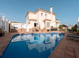 Luxury semidetached house, hotel di lusso a Málaga