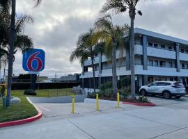 Motel 6 - San Diego, CA – near Sea World, hotel in San Diego