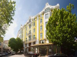 Grand Hotel London, hotel near Central railway station Varna, Varna City