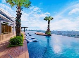 LA VELA Saigon Hotel, luxury hotel in Ho Chi Minh City