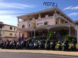 Hotel Baia Marina, hotell i Orosei