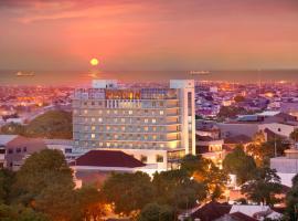 Hotel Santika Makassar, hotel dekat Pantai Losari, Makassar
