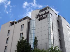 President Hotel, hotel din Bacău