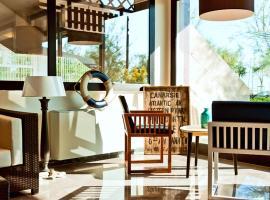 Hotel Ambassador, hotel a Pesaro