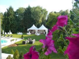 Les Jardins D'Adalric, hotel in Obernai