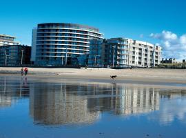 Vayamundo Oostende, hotel near Westgolf, Ostend