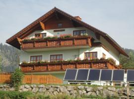 Ferienwohnung Hierzegger, Hotel in der Nähe von: Bergbahn Tauplitz, Tauplitz