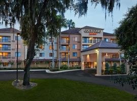 Courtyard by Marriott Orlando East/UCF Area, hotel near Addition Financial Arena, Orlando