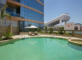 DoubleTree by Hilton Hotel and Residences Dubai – Al Barsha, hotel in Dubai