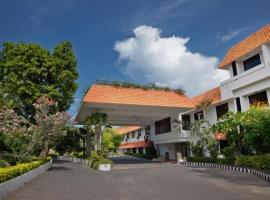 Trident Chennai, hotel near Chennai International Airport - MAA,