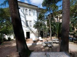 Hotel Villa Linneo, hotel near Auditorium Parco della Musica, Rome