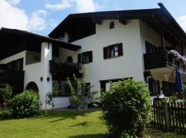Gästehaus Brigitte, guest house in Garmisch-Partenkirchen