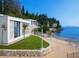 Villas and Apartments Mlini, beach hotel in Mlini