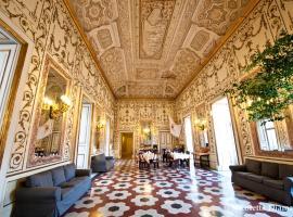 Decumani Hotel De Charme, hotel sa Naples