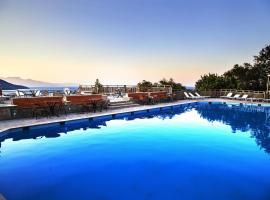 Elpida Village, hotel near Panagia Kera Church (in Kritsa), Istro