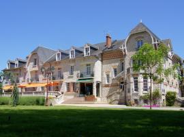 Hôtel-Restaurant Le Parc Sologne - Logis, hôtel à Salbris