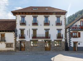 Hotel Rural Auñamendi, hotel in Ochagavía