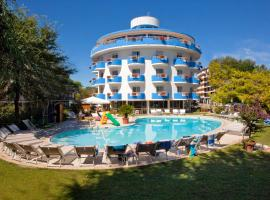 Hotel Playa Blanca, hotel poblíž významného místa Golfový klub  Prà  delle Torri, Duna Verde