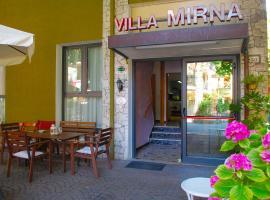 Villa Mirna, hotel in zona Palacongressi di Rimini, Rimini