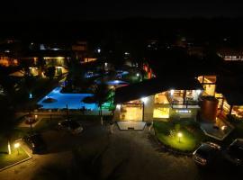 Porto Bali Hotel, hotel near Arena Axé Moi Bar, Santa Cruz Cabrália