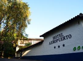 Hotel Aeropuerto, hotel near Juan Santamaría International Airport - SJO, Alajuela City