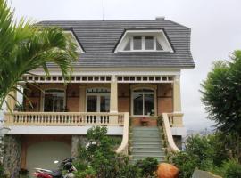 Villa Vista Dalat 2, nhà nghỉ B&B ở Đà Lạt
