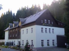 Waldhotel Dietrichsmühle, hotel near Castle Schwarzenberg, Crottendorf