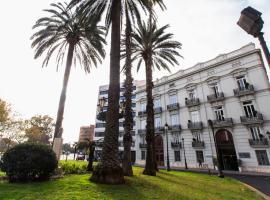 The River Hostel, hotel in Valencia