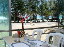 Nice Beach Hotel, hotel in Ban Phe