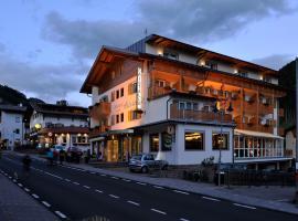 Hotel Cristallo, hotel in Santa Cristina Gherdëina