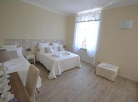 Affittacamere Casa Dane', guest house in La Spezia