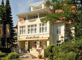 Park Hotel, hotel in Timmendorfer Strand