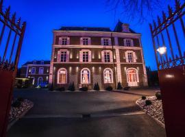 The Originals Boutique, La Maison Rouge, Lens Ouest (Qualys-Hotel), hôtel à Noeux-les-Mines
