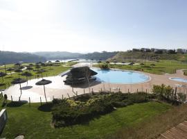 Montebelo Aguieira Lake Resort & Spa, hotel in Almacinha