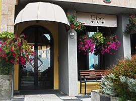 Hotel Ebe, hotell i San Piero a Sieve
