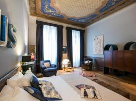 Soprarno Suites, hotel in Florence