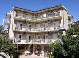 Hotel Makarska, hotel near Makarska Franciscan Monastery, Makarska