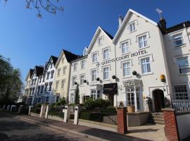 Queens Court Hotel, hotel near Powderham Castle, Exeter
