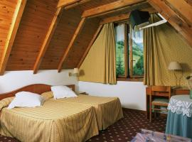 Hotel Edelweiss, hotel near Boí Taüll Ski Resort, Arties