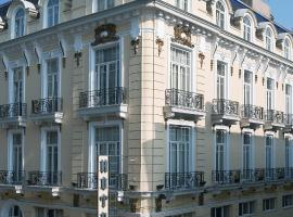 Hotel Luxembourg, hotel em Tessalônica