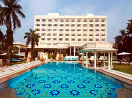 Tajview – IHCL SeleQtions, hotel in Agra