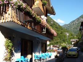 Albergo ristorante Chez Isabel, hotel in Pontboset