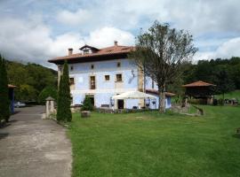 Hotel Rural Sucuevas, hotel en Mestas de Con