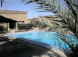 Les Portes Du Desert, hotel in Merzouga