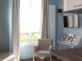 Côté Marne, hotel near Hippodrome de Vincennes, Champigny-sur-Marne