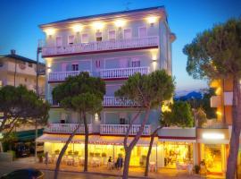 Hotel Marinella, hotel poblíž významného místa Aquafollie – Parco Acquatico, Caorle