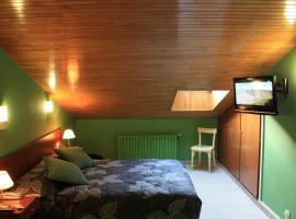 Hotel Les 7 Claus, hotel near Telecabina d'Arinsal, Andorra la Vella