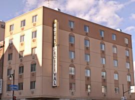 Hotel le Roberval, hotel near Place Jacques Cartier, Montreal
