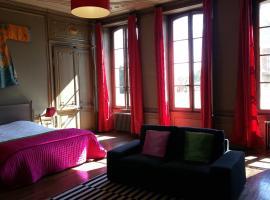 Chambres d'hôtes Les Francières, boutique hotel in Vierzon